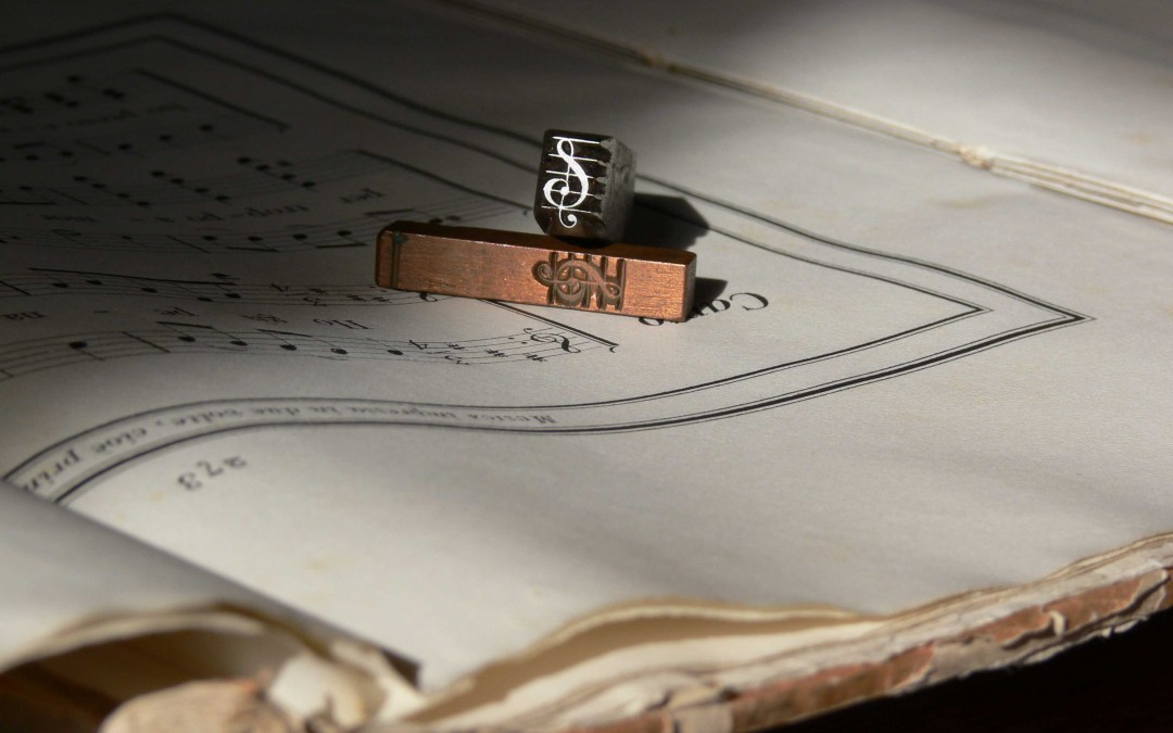 Matrice e punzone per caratteri musicali
