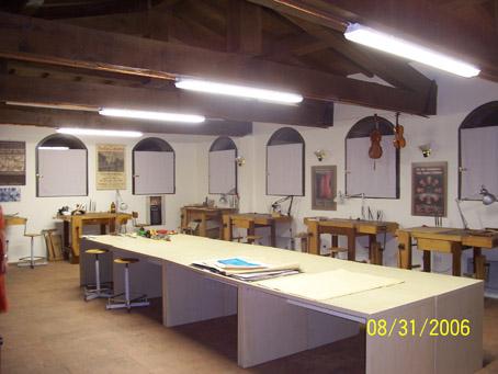 Scuola di liuteria R. Scrollavezza